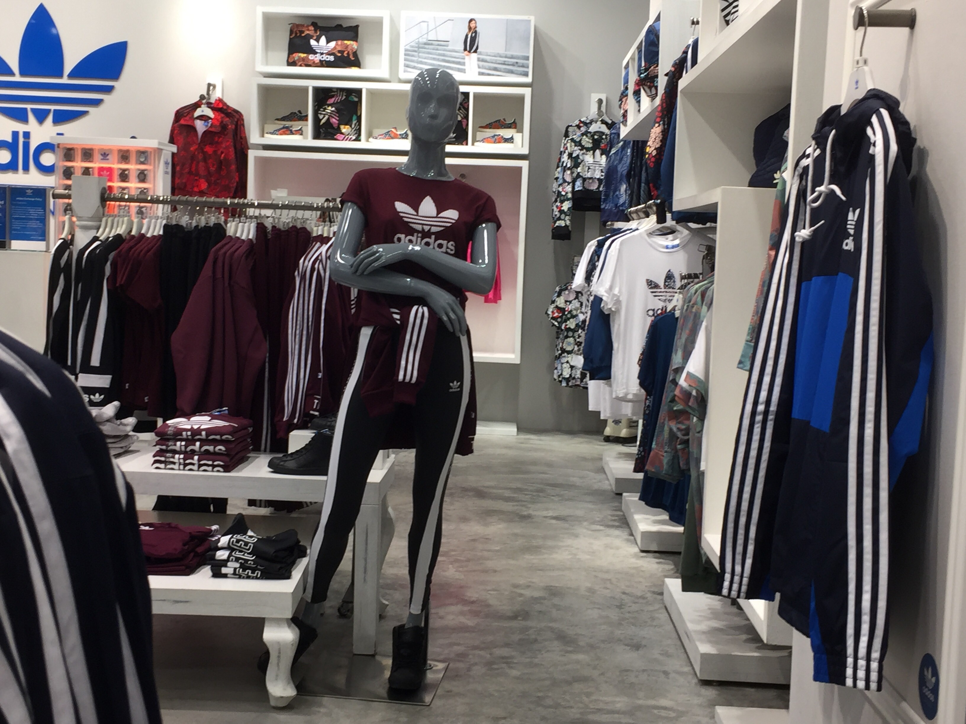 Adidas Originals(Bugis +)   Nestia