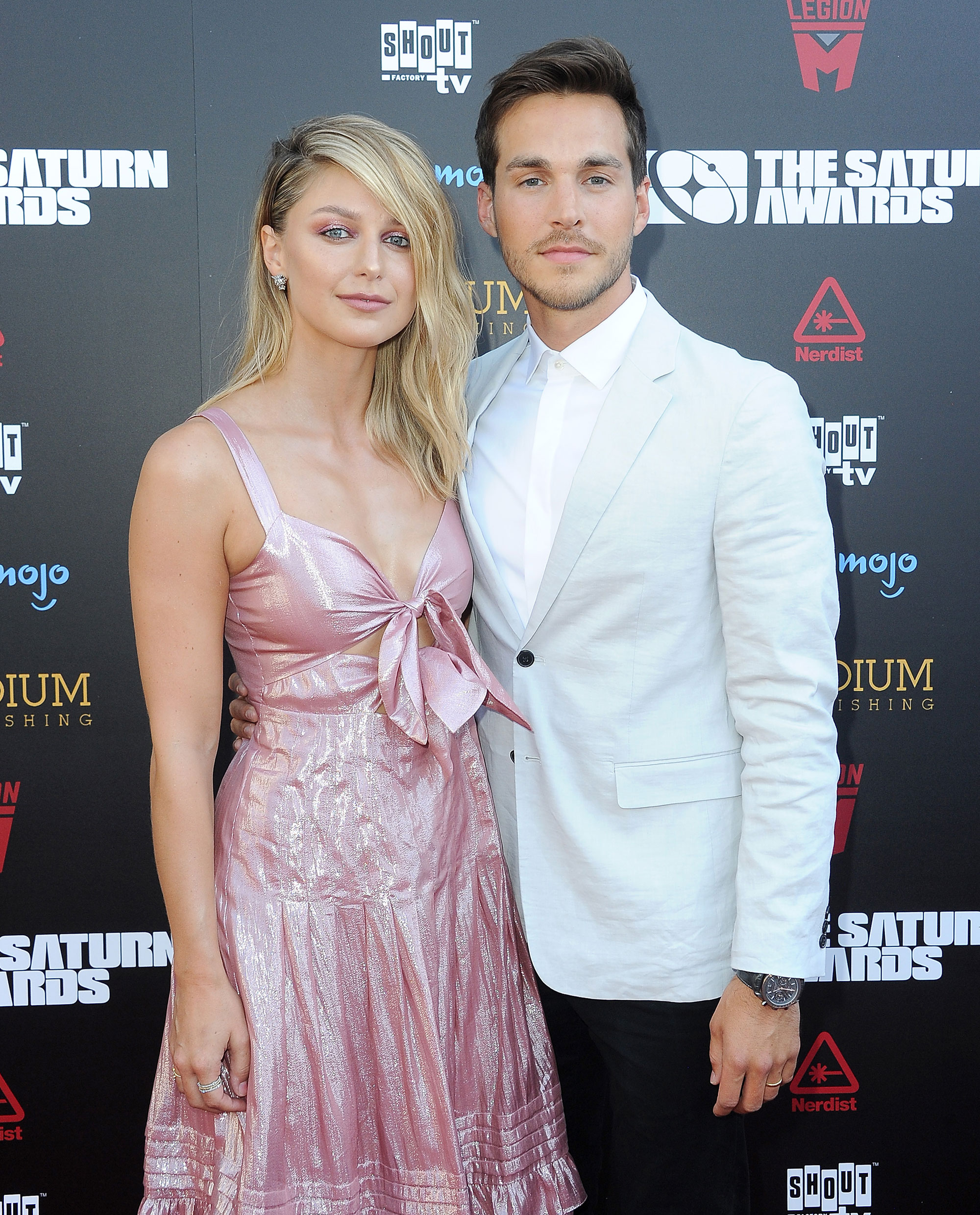Chris Wood Supports Wife Melissa Benoist After She Reveals She Is A Domestic Violence Survivor Nestia News