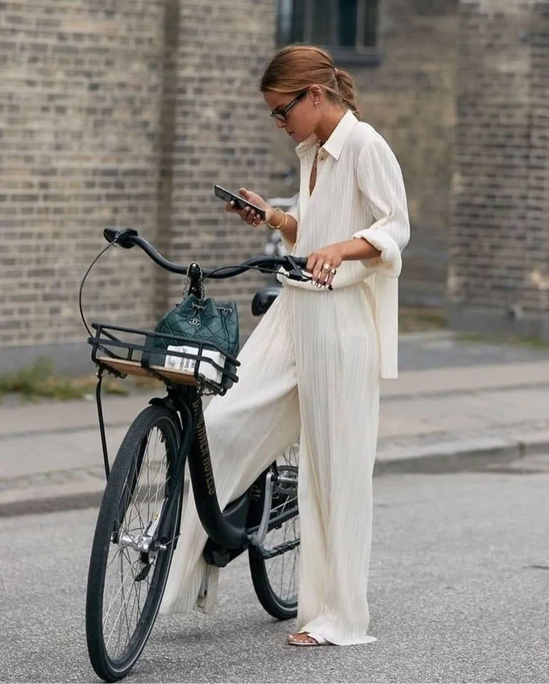 Αποτέλεσμα εικόνας για chanel sandals street style